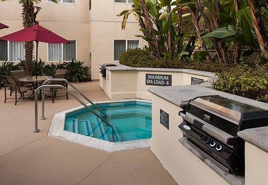 Residence Inn San Diego Downtown: Outdoor Whirlpool