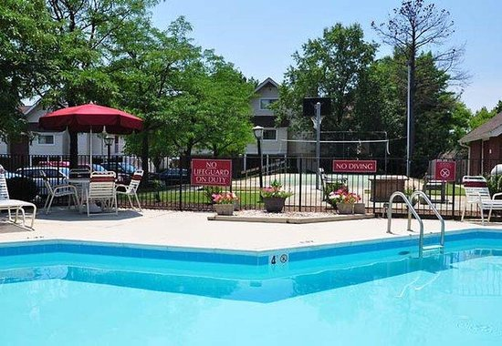Residence Inn Richmond West End: Outdoor Pool