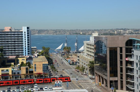 BEST WESTERN PLUS Bayside Inn: San Diego View from the 11th floor