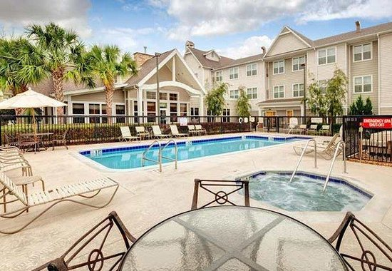 Residence Inn Ocala: Outdoor Pool & Whirlpool
