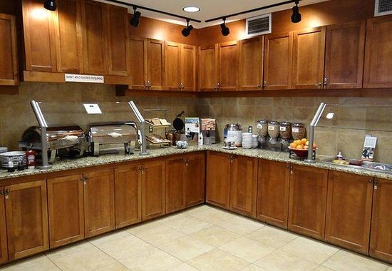 Residence Inn Billings: Breakfast Area