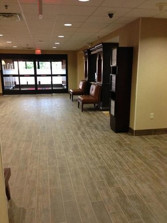 Hampton Inn and Suites- Dallas Allen: new wood tile floors