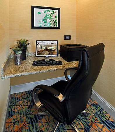 Residence Inn Cape Canaveral Cocoa Beach: Boarding Pass & Business Center