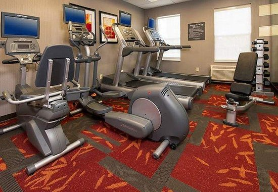 Residence Inn by Marriott Charlottesville: Fitness Center