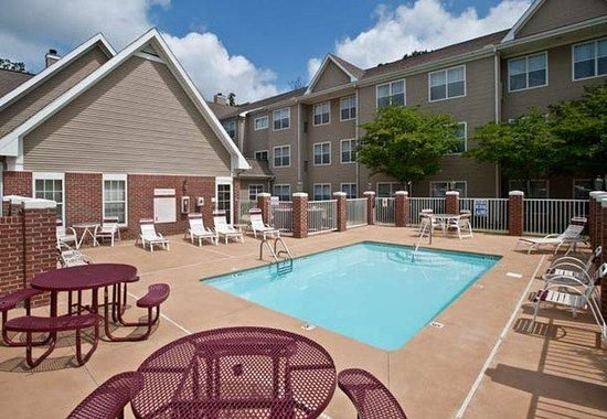 Residence Inn Greenville-Spartanburg Airport: Outdoor Pool