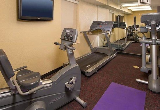 TownePlace Suites Falls Church: Fitness Center