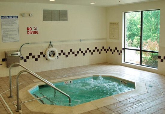 SpringHill Suites Raleigh-Durham Airport/Research Triangle Park: Hot Tub