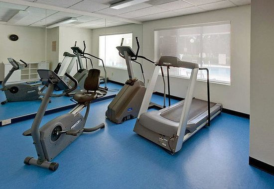 SpringHill Suites Arlington: Fitness Center