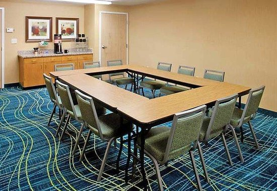 SpringHill Suites Arlington: Meeting Room