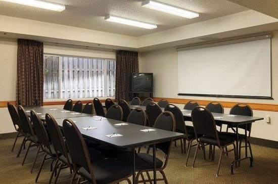 Oakdale, Миннесота: Meeting Room