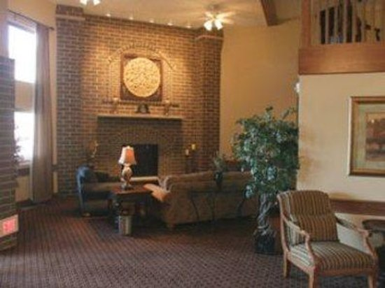 AmericInn Lodge & Suites Appleton: Lobby