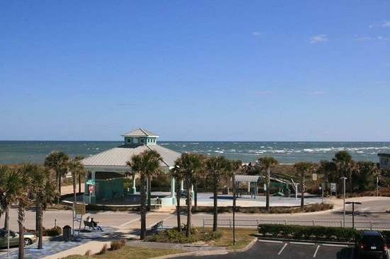 Hampton Inn &amp; Suites St. Augustine-Vilano Beach: Ocean View from 3rd Floor Balcony Room 