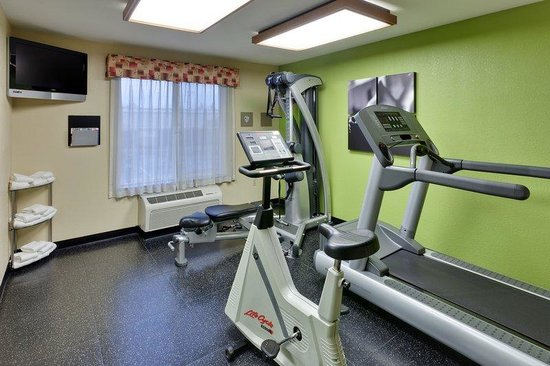 Country Inn & Suites by Carlson - San Carlos: CountryInn&Suites SanCarlos  FitnessRoom