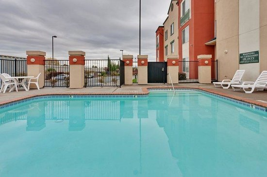 Country Inn & Suites by Carlson - San Carlos: CountryInn&Suites SanCarlos  Pool