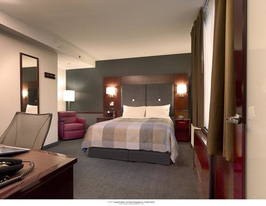 Club Quarters, opposite Rockefeller Center: Standard Room