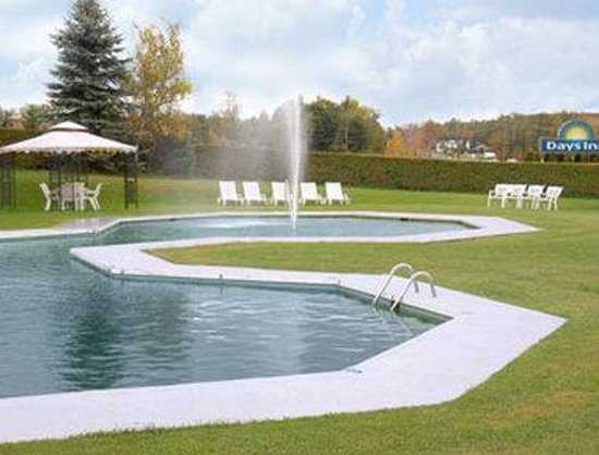 Shelburne, : Pool