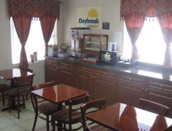 Days Inn Bradenton I-75: Breakfast Area