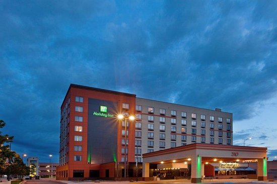 Holiday Inn Grand Rapids Downtown: Go explore the nightlife - your room will wait