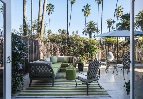 The Beverly Hills Hotel: Suite 121Terrace