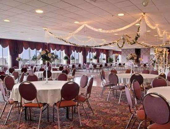 Days Inn at the Falls: Penthouse Ballroom