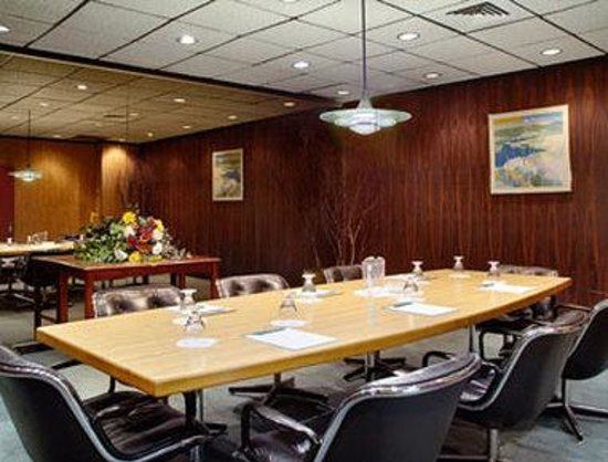 Days Inn at the Falls: Boardroom