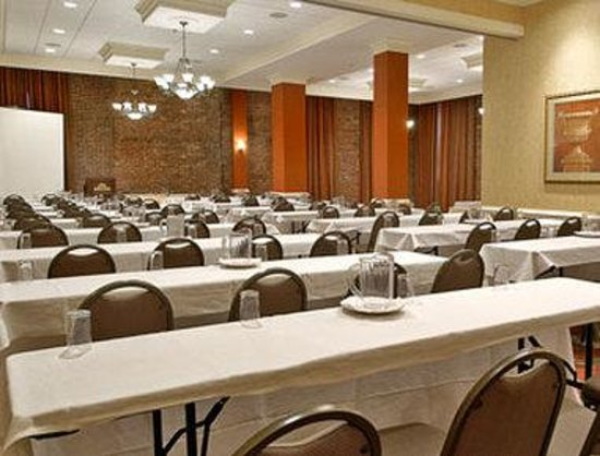 Inn at Ellis Square: Meeting Room