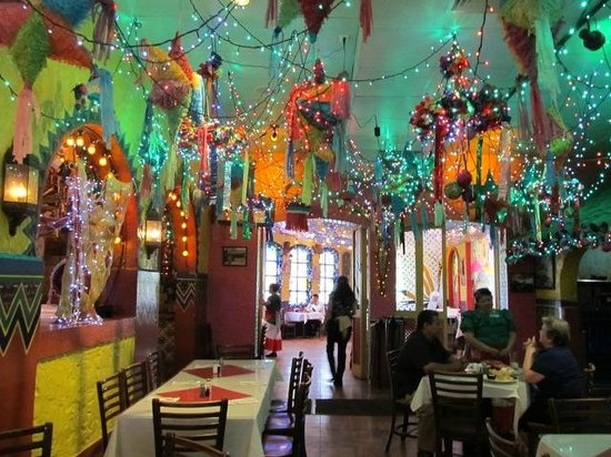 Mi Tierra Cafe & Bakery: in the restaurant