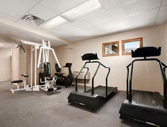Days Hotel & Conference Center-Methuen: Fitness Center