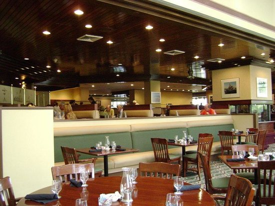 Holiday Inn Muskegon: Restaurant