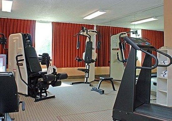 Quality Inn: Exercise area