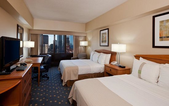Holiday Inn Chicago - Mart Plaza : Double Bed Guest Room
