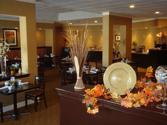 Holiday Inn Hotel & Suites Boston-Peabody: Restaurant