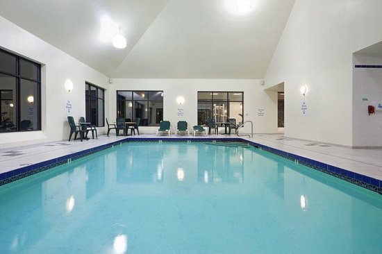 Holiday Inn Hotel & Suites Boston-Peabody : Swimming Pool