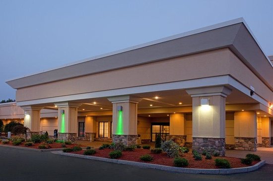 Holiday Inn Hotel &amp; Suites Boston-Peabody: Hotel Exterior