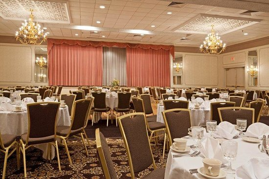 Holiday Inn Mansfield-Foxboro Area: Social events from 100-500