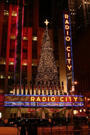 Hasbrouck Heights, NJ: Radio City Christmas Time