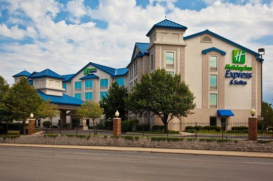 Holiday Inn Express Chicago-Midway Airport: Hotel Exterior