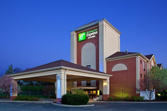 Holiday Inn Express Milford: Hotel Exterior