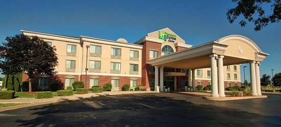 Holiday Inn Express Kalamazoo: Hotel Exterior