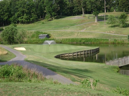 Wilkesboro, NC: Packages Available for Oakwoods Golf Course