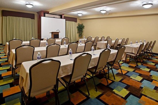 Holiday Inn Express Grove City-Prime Outlet Mall: Meeting Room A &amp; B