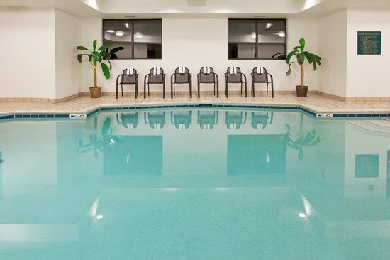 Holiday Inn Express Grove City-Prime Outlet Mall: Let the kids have fun in our heated indoor Swimming Pool