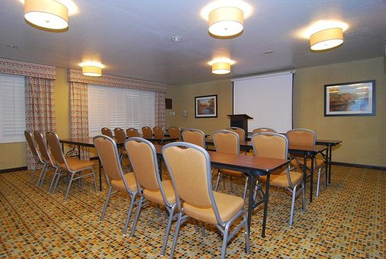 Holiday Inn Express Marana: Meeting Room