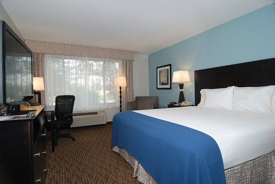 Holiday Inn Express Marana: King Bed Guest Room