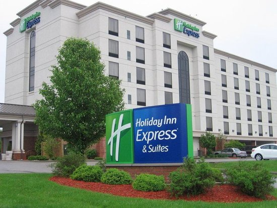 Holiday Inn Express Bloomington: Holiday Inn Express, Bloomington, Exterior