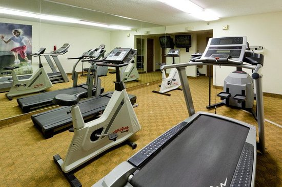 Holiday Inn Staunton Conference Center: Fitness Center