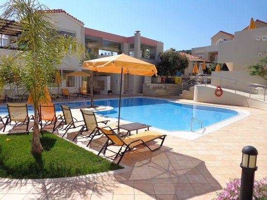 Hotel Toxo: Pragtfuld poolomrde