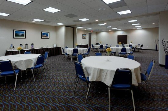 Holiday Inn Express Baltimore - BWI Airport West : Meetings made easy at Holiday Inn Express BWI Airport West