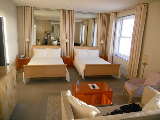 CLIFT San Francisco: Double Beds