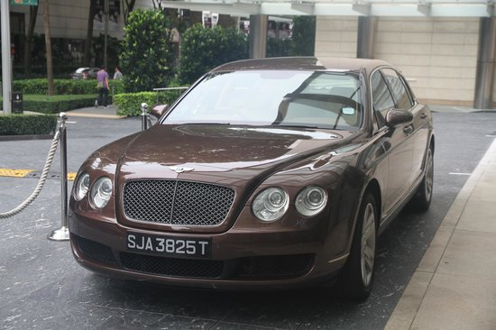 The St. Regis Singapore : The Bentley
